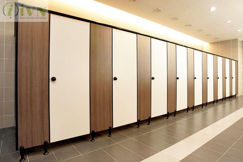 vách ngăn nhà vệ sinh maica
