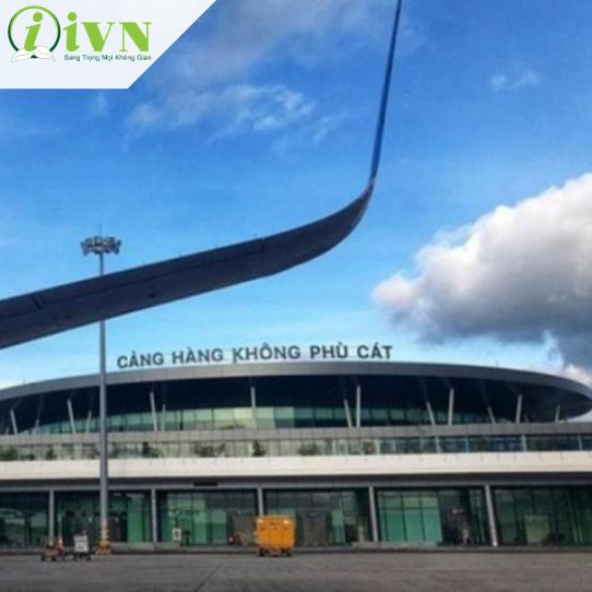 thi công vách ngăn vệ sinh tại sân bay