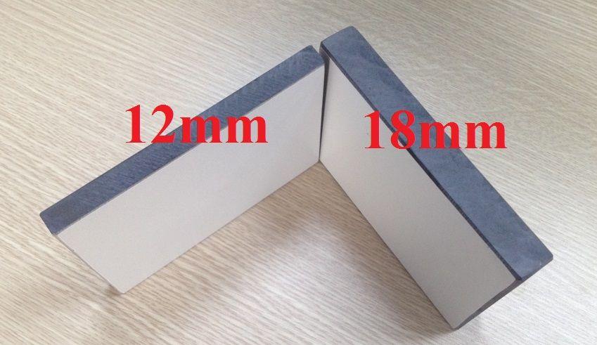 độ dày tấm vách ngăn vệ sinh