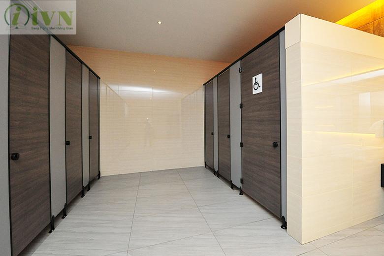vách nagwn vệ sinh cho trung tâm thương mại tại Vĩnh Long