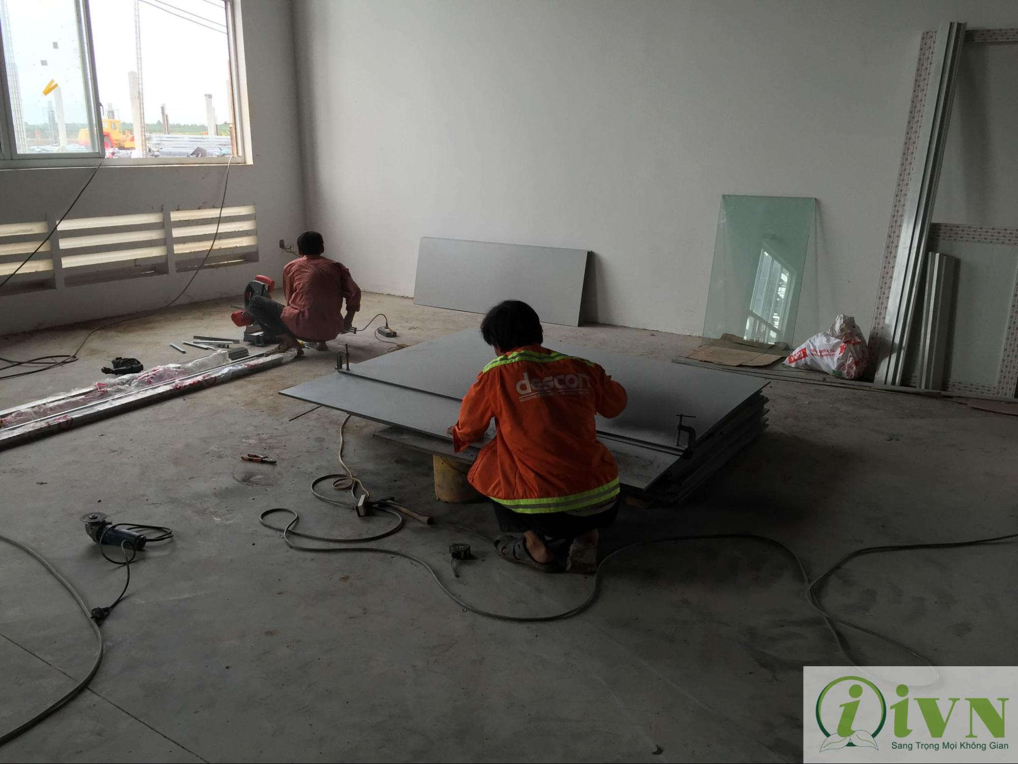 thi công vách ngăn vệ sinh tại bạc liêu (2)