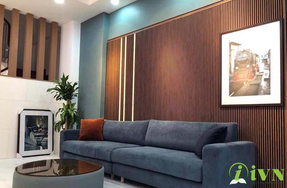 tấm ốp tường vân gỗ phòng khách (2)
