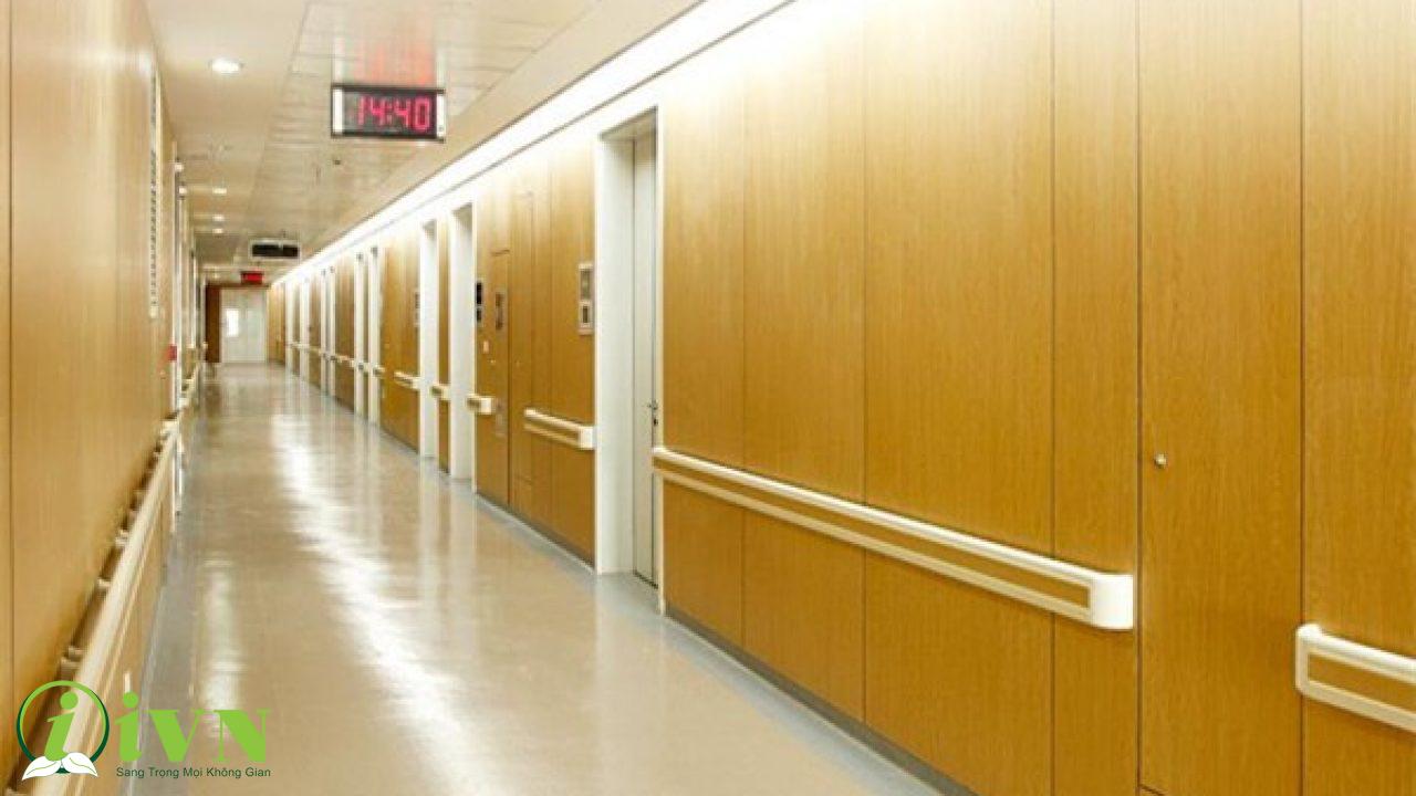 tay vịn hành lang bệnh viện lẻ (3)