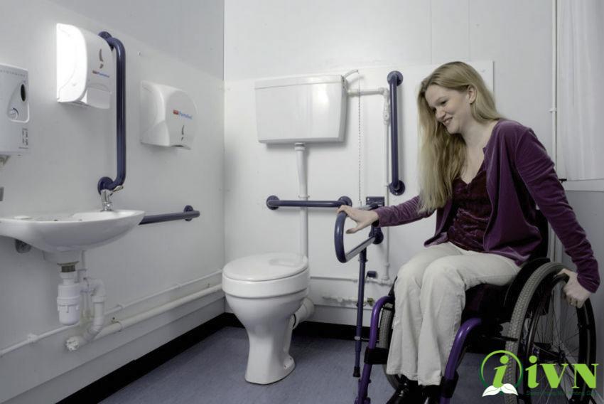 tay vịn nhà vệ sinh cho bệnh viện (2)