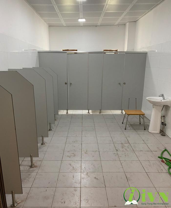 Vách nhà vệ sinh compact hpl trường học