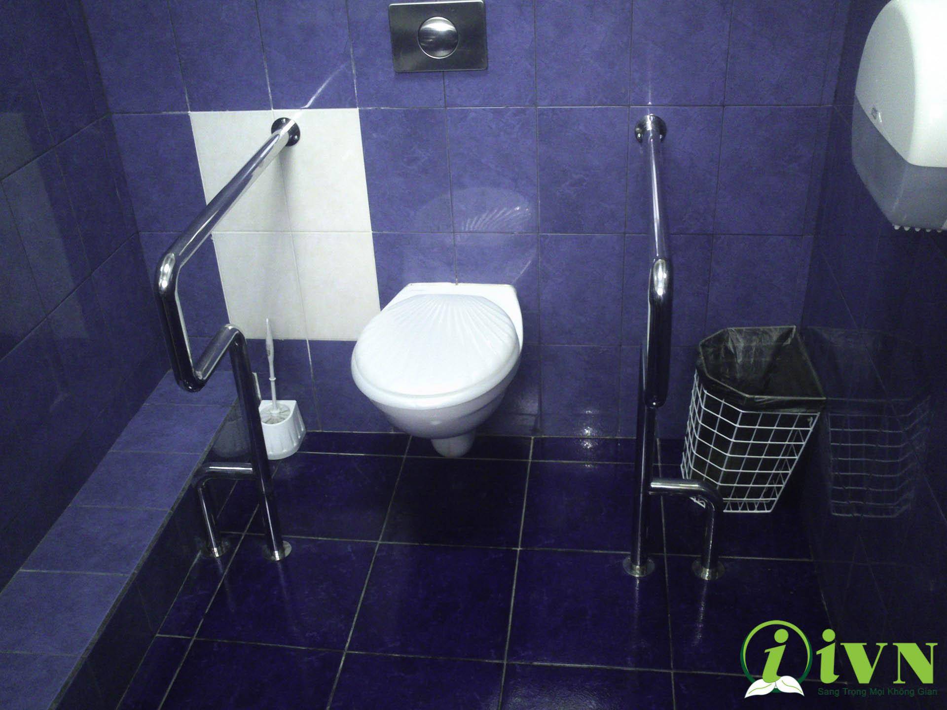 tay vịn nhà vệ sinh (5)